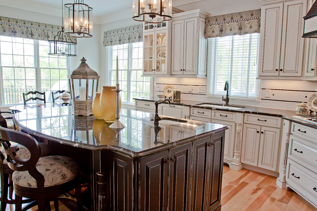 Cabinetworks_Williamsburg_Va-Beautiful_Bath_and_Kitchens-9582