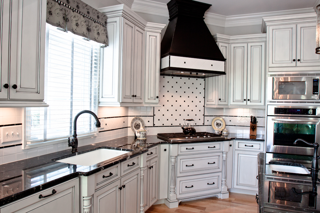 Cabinetworks_Williamsburg_Va-Beautiful_Bath_and_Kitchens-9589